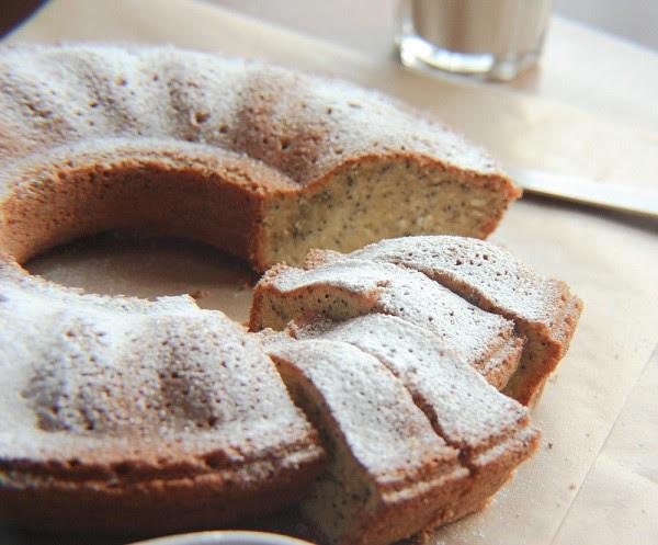 poppy seed whipped cream pound cake