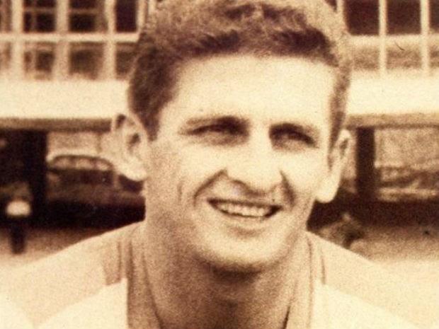Ex-jogador tinha 82 anos e morreu de falência múltipla dos órgãos (Foto: Divulgação/Site oficial do São Paulo)