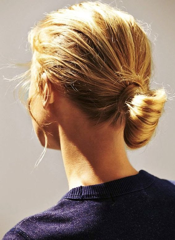 Le Fashion Blog Blonde Low Chignon Hairstyle Navy Sweatshirt Via Glamour Germany