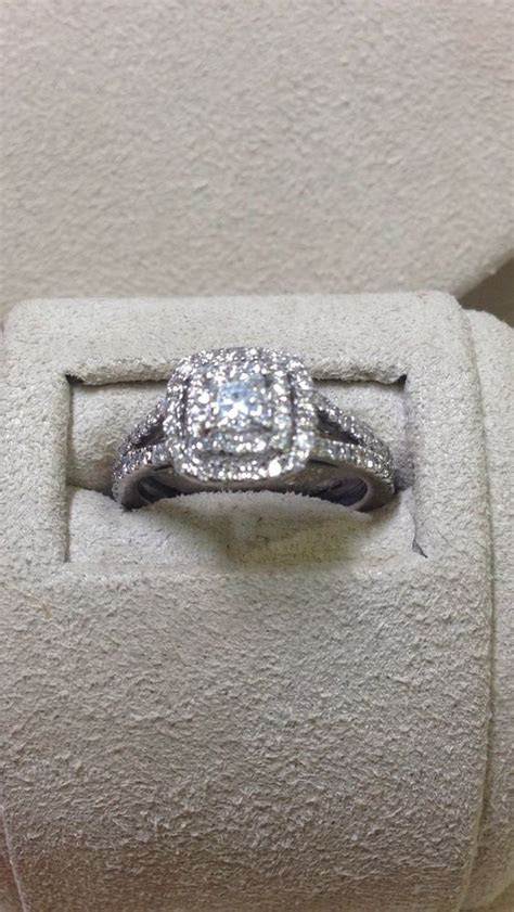 25  best ideas about Princess Cut Diamonds on Pinterest