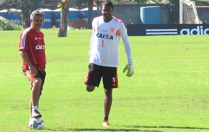 Ney Franco e Felipe no treino do Flamengo (Foto: Hector Werlang)