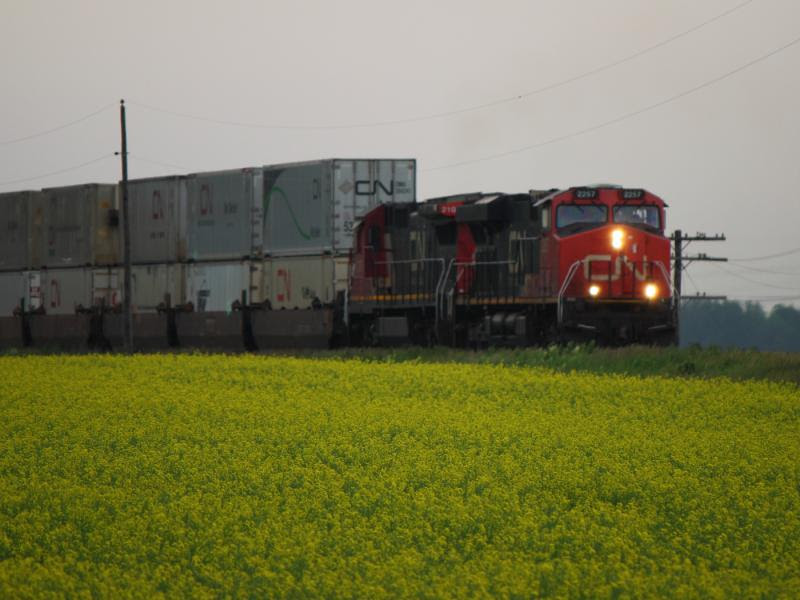 CN 2257 and CN 2106 outside Winnipeg