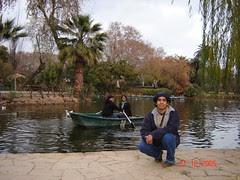 Jem & Rizal Mendayung Sampan kat Parc de la Ciutadella, Barcelona, Spain
