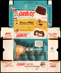 Mickey's Launch Pak - Orbits - Creme Filled Frosted Devil's Food cakes box - 1960's 1970's