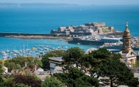 7 Guernsey