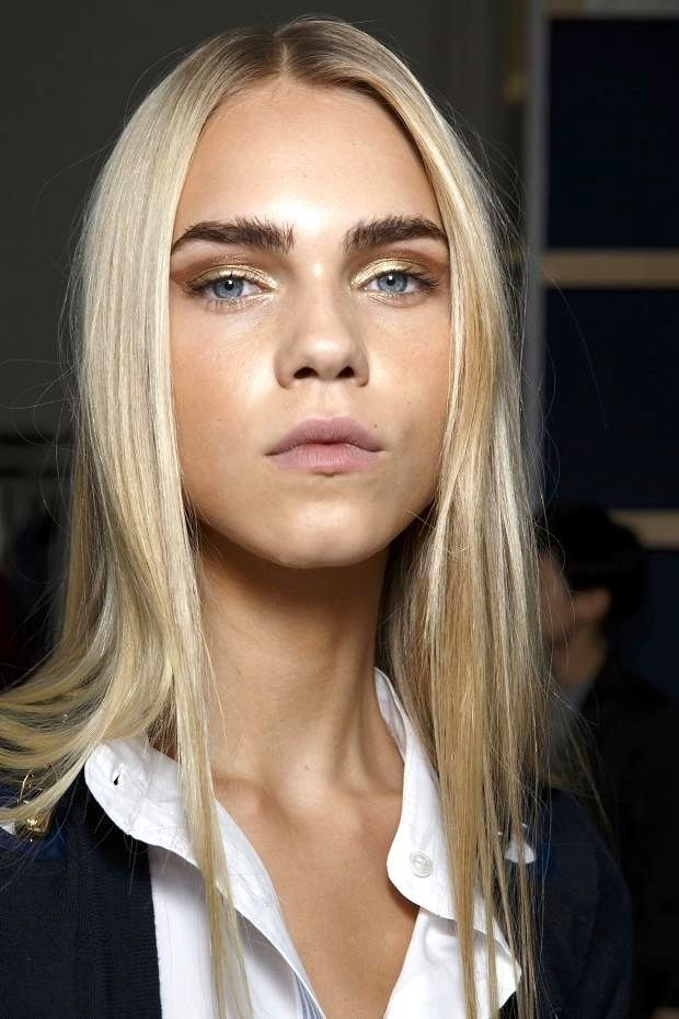 Le Fashion Blog Beauty Inspiration Bold Brows Gold Metallic Eyeshadow Long Blonde Hair Blue Eyes Alexis Mabille SS 2015 Backstage photo Le-Fashion-Blog-Beauty-Inspiration-Bold-Brows-Gold-Metallic-Eyeshadow-Long-Blonde-Hair-Blue-Eyes-Alexis-Mabille-SS-2015.jpg