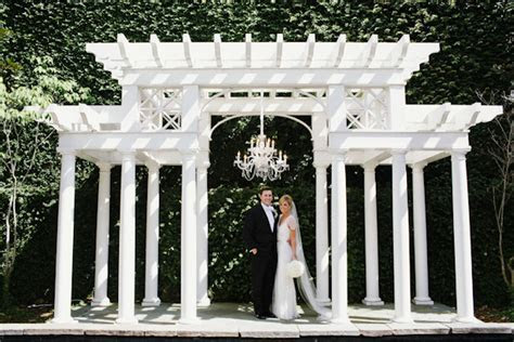 Charleston, South Carolina Wedding   Junebug Weddings