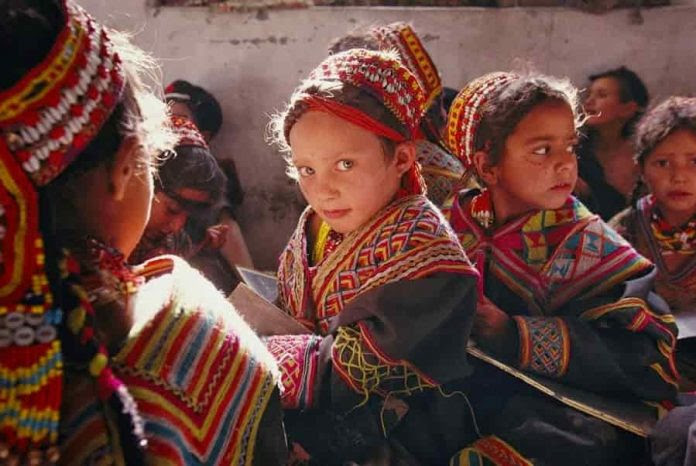 Οι Καλάς και η φυλή Tu στην Κίνα, φέρουν ελληνικό DNA…!