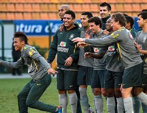 Neymar no treino da Seleção (Foto: Reuters)