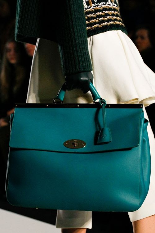photo mulberry-rtw-fw2013-detail-42_084421515112_zpsf673fde1.jpg