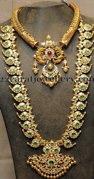 Kanthi necklace with beautiful handcrafting and attached