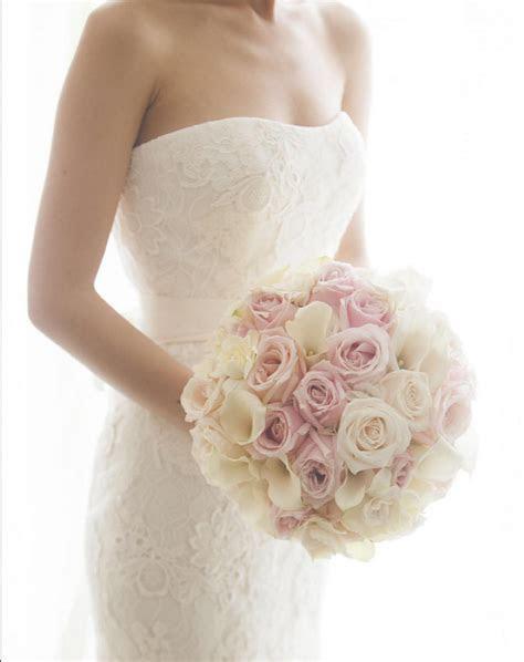 aboutdetailsdetails.com   bouquet inspiration, ivory