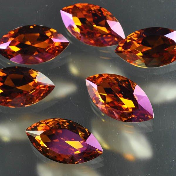 s33483 Swarovski Fancy Rhinestones - 17 x 32 mm Faceted Marquise (4227) - Crystal Summer Blush (1)