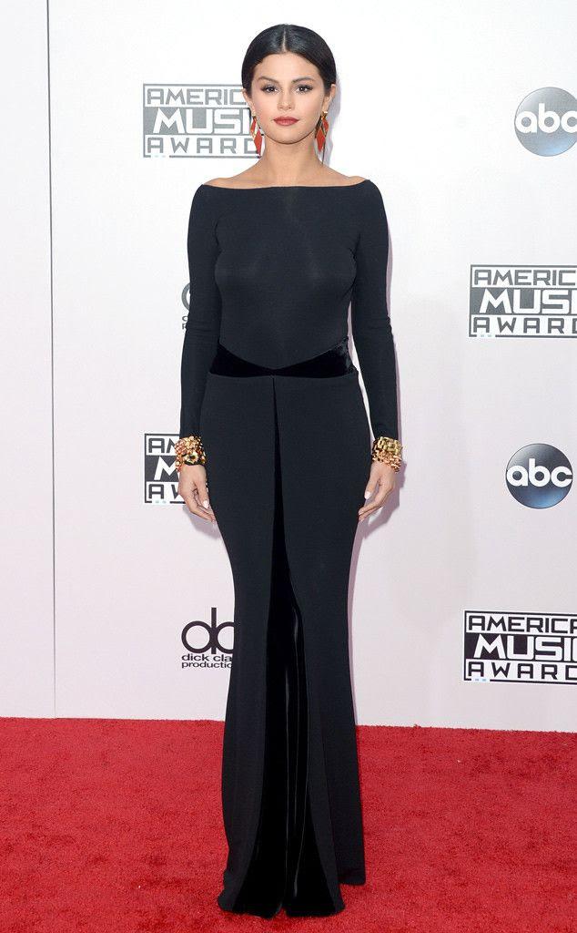 2014 American Music Awards photo rs_634x1024-141123163035-634-selena-gomez-american-music-awards-2014.jpg