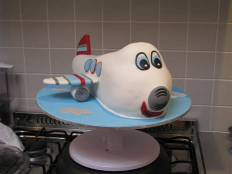 Airplane Cakes ? Decoration Ideas   Little Birthday Cakes