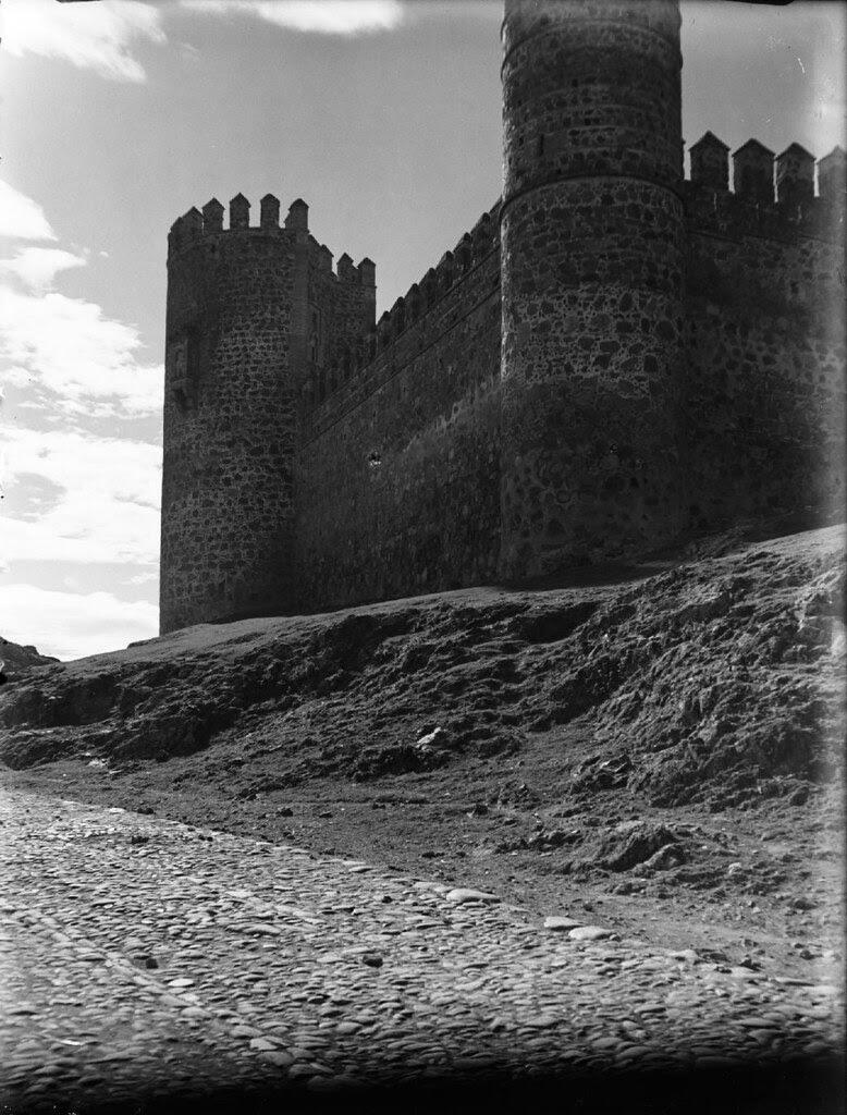 Castillo de San Servando en los años 20. Detalle de una Fotografía de Otto Wünderlich. © Fototeca del Patrimonio Histórico