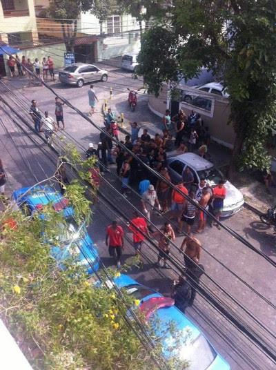 Briga de torcidas Flamengo x Botafogo (Foto: reprodução)