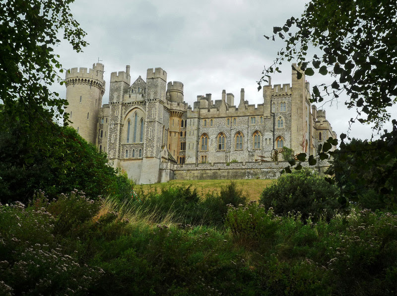 File:Arundel Castle - geograph.org.uk - 1765127.jpg