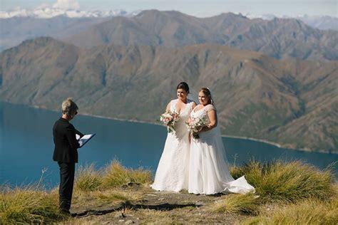 Blue New Zealand moutaintop wedding