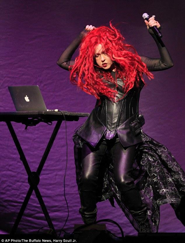 'Dressed To Kill Tour' opener Cyndi Lauper