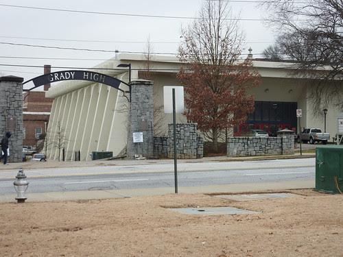 P1000524-2010-02-02-Shutze-Grady-New-Gym-North-Facade-10th-Entrance