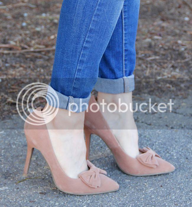 Boohoo Laila bow heels in beige