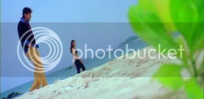 http://img.photobucket.com/albums/v252/BollyNuts/Pokiri/PDVD_034.jpg