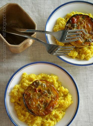 Clafoutis salati con caponatina su couscous allo zafferano