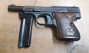 pistola-Mahely-22