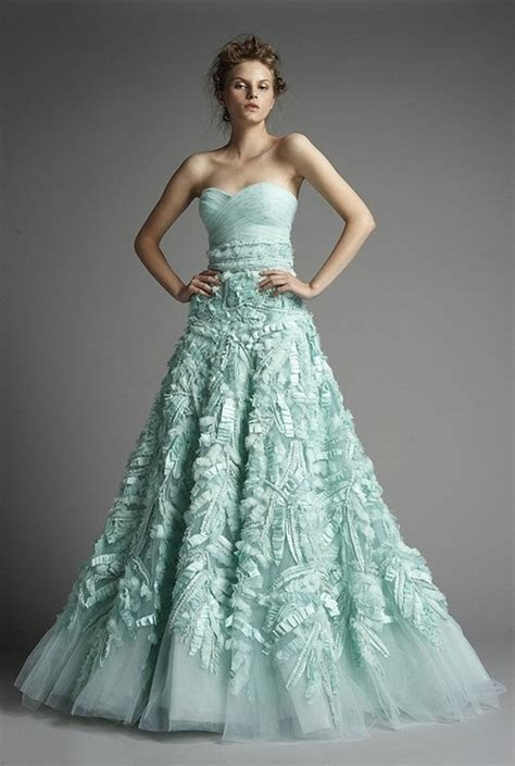 Non Traditional Wedding Dresses with Color   Styles of