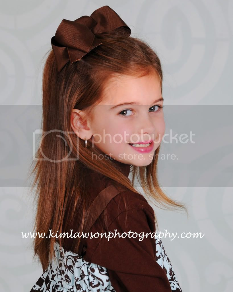 kim lawson photography the pretty little girl with the. Black Bedroom Furniture Sets. Home Design Ideas