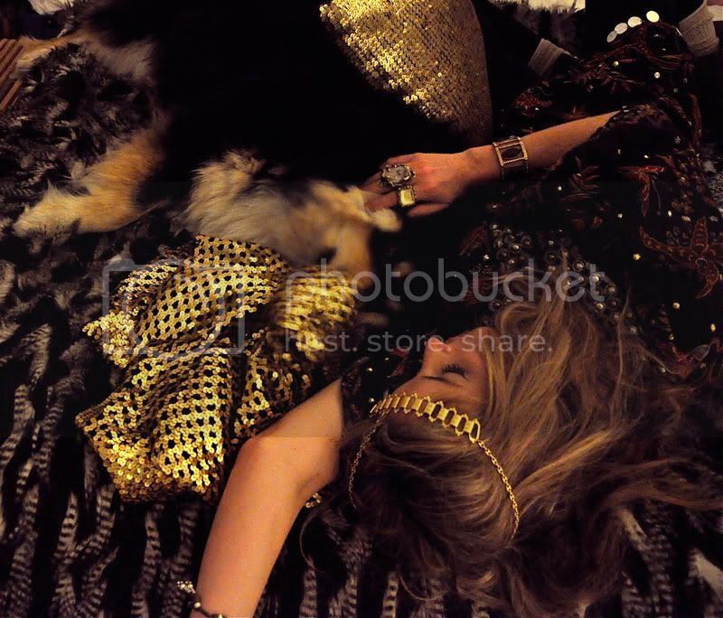 gypsy,boho,fur,gold,sequins