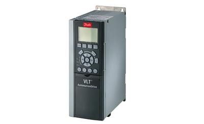 VLT AutomationDrive un variador de velocidad hasta un  65% más pequeño