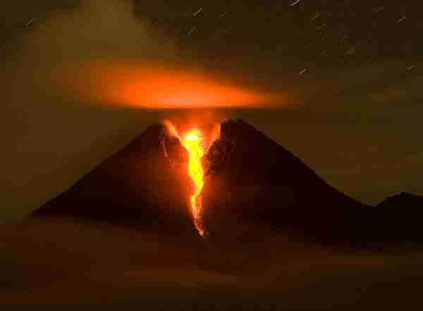 Το ηφαίστειο Mount Merapi