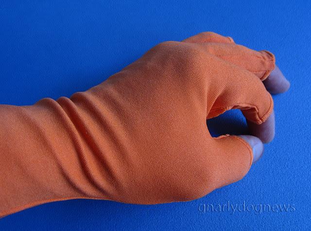 Buff water glove_c