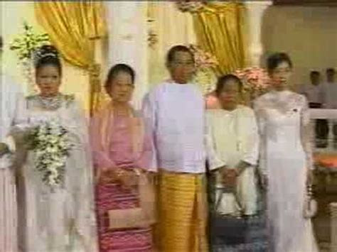 Myanmar Wedding of Burma Than Shwe's daughter   15of24