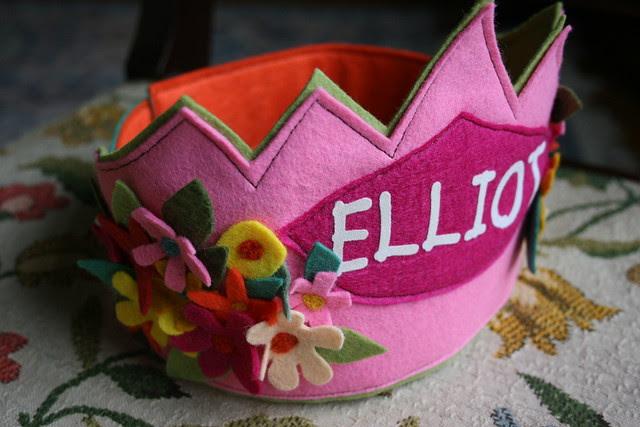 """""""ELLIOT"""" Spring Crown"""