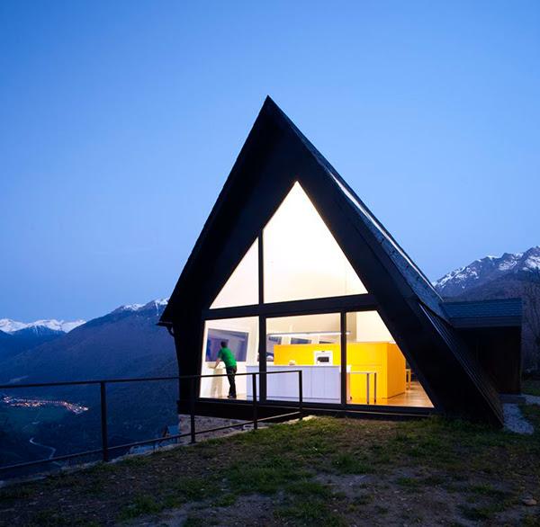 extraordinary-house-design-with-extraordinary-views-of-pyrenees-2.jpg