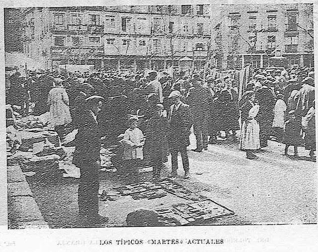 Mercadillo del Martes en Zocodover. Fotografía publicada en octubre de 1927 en la Revista Toledo