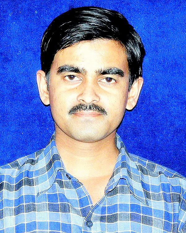 shashi bhooshan dwivedi