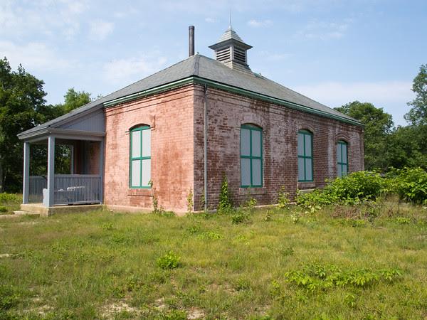 wintucket station, edgartown