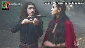 Bruna Marquezine sensual em vários trabalhos