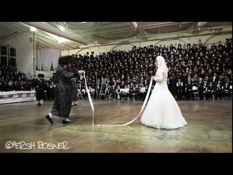 508: Ultra Ortodoks Yahudi Düğünü'nde Eli Bağlı Gelin