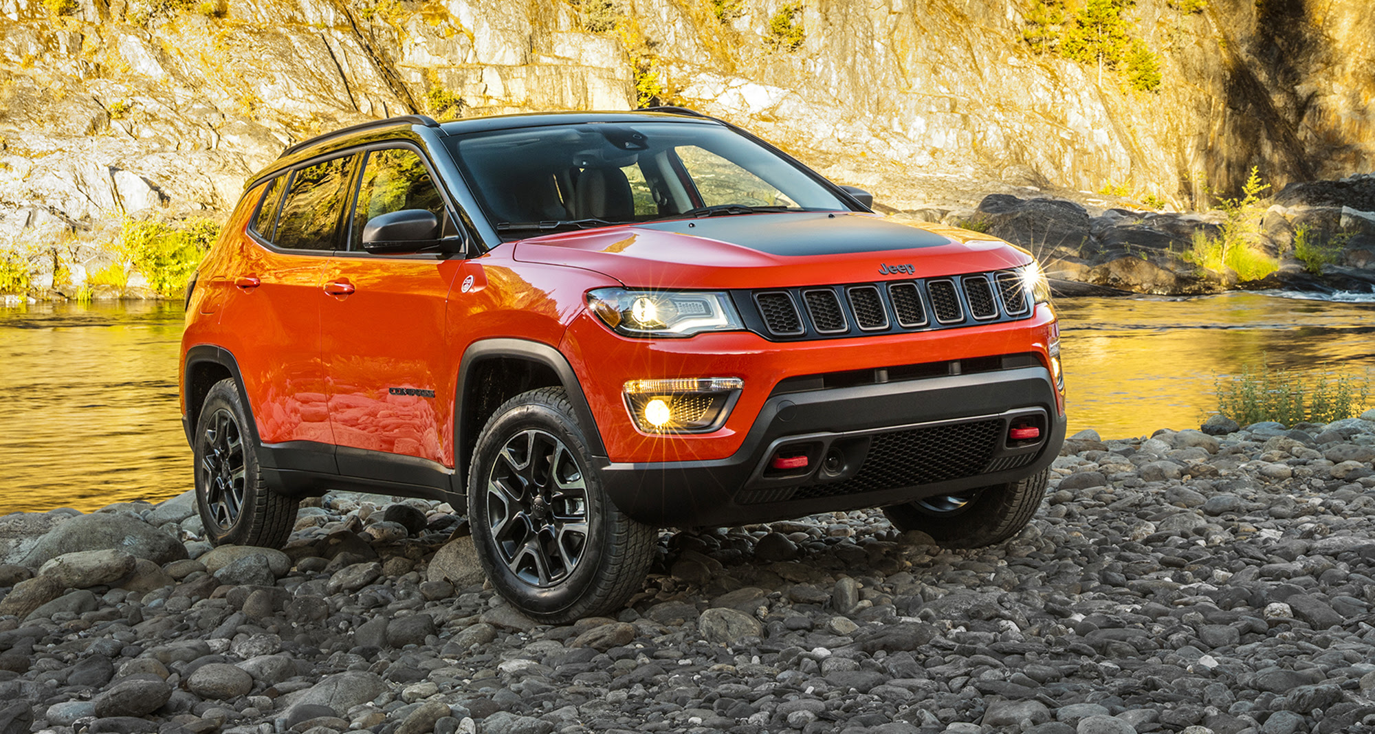 2018 Jeep Compass unveiled at LA motor show, here next year - Photos ...