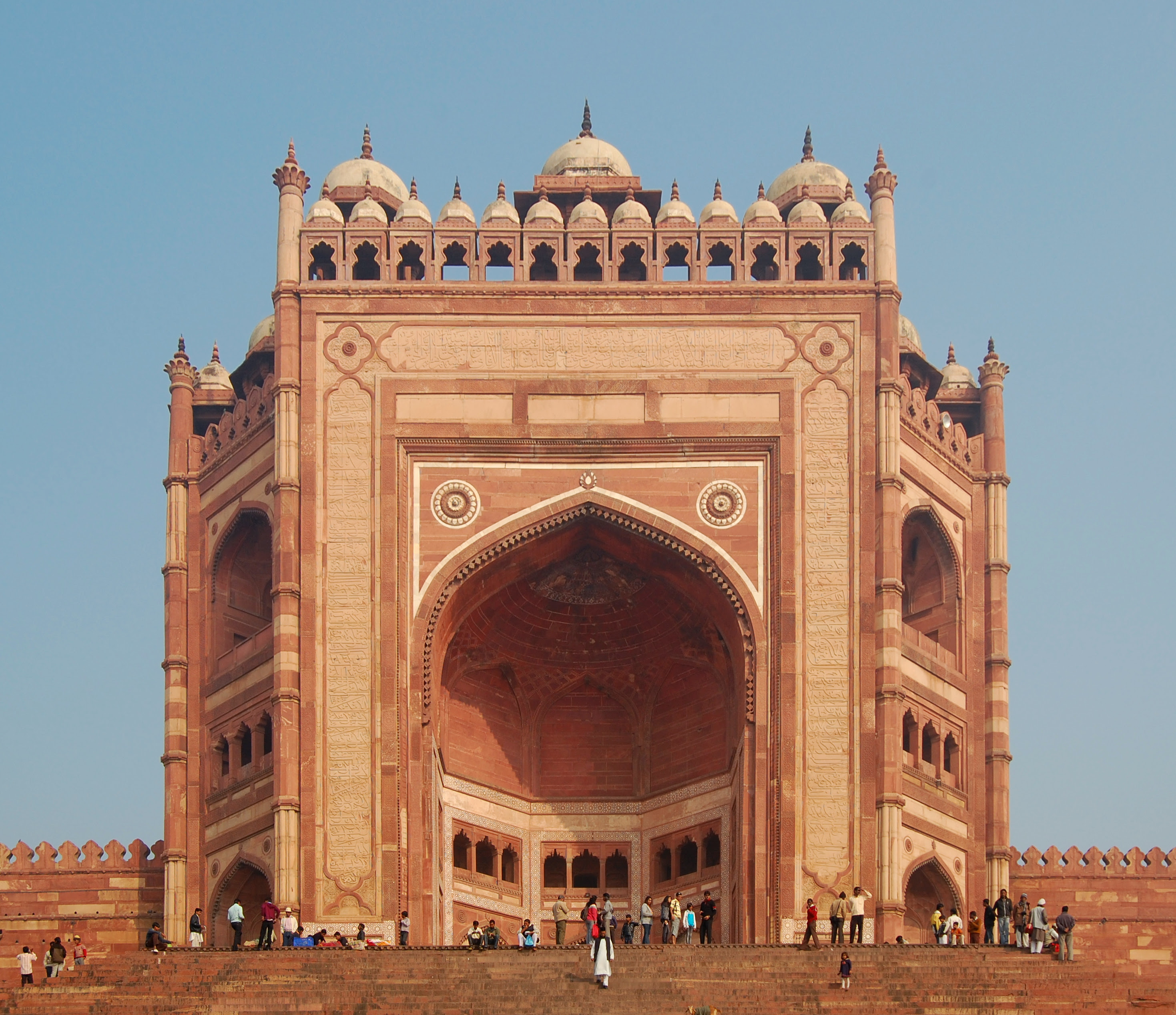 Things To do in India: Heritage Tours To India : Catch Prominent Historical Sites in India