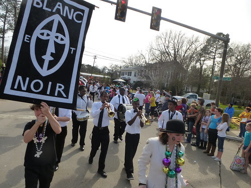 Krewe of Highland Parade, Blanc et Noir Marching Society by trudeau