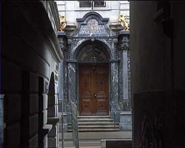 Entrance to the Rathaus