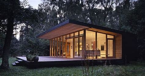 danish summer house created  architects pernille