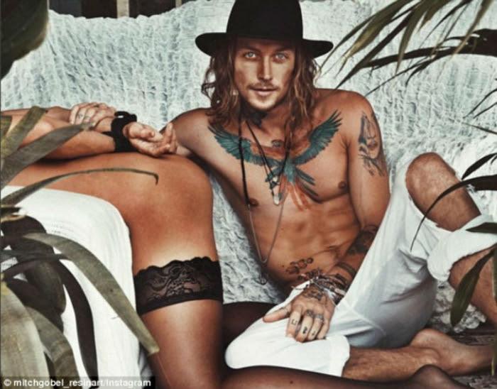 Австралийская пара открыто пропагандирует секс в инстаграме
