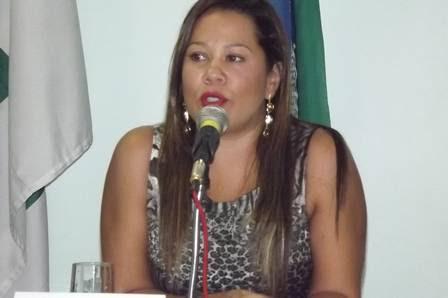 A delegada Ana Cristina Melo Santiago, chefe da Delegacia de Atendimento à Mulher do Distrito Federal (DF), em evento da Semana de Combate a Violência Contra a Pessoa Idosa, em 11 de junho de 2012